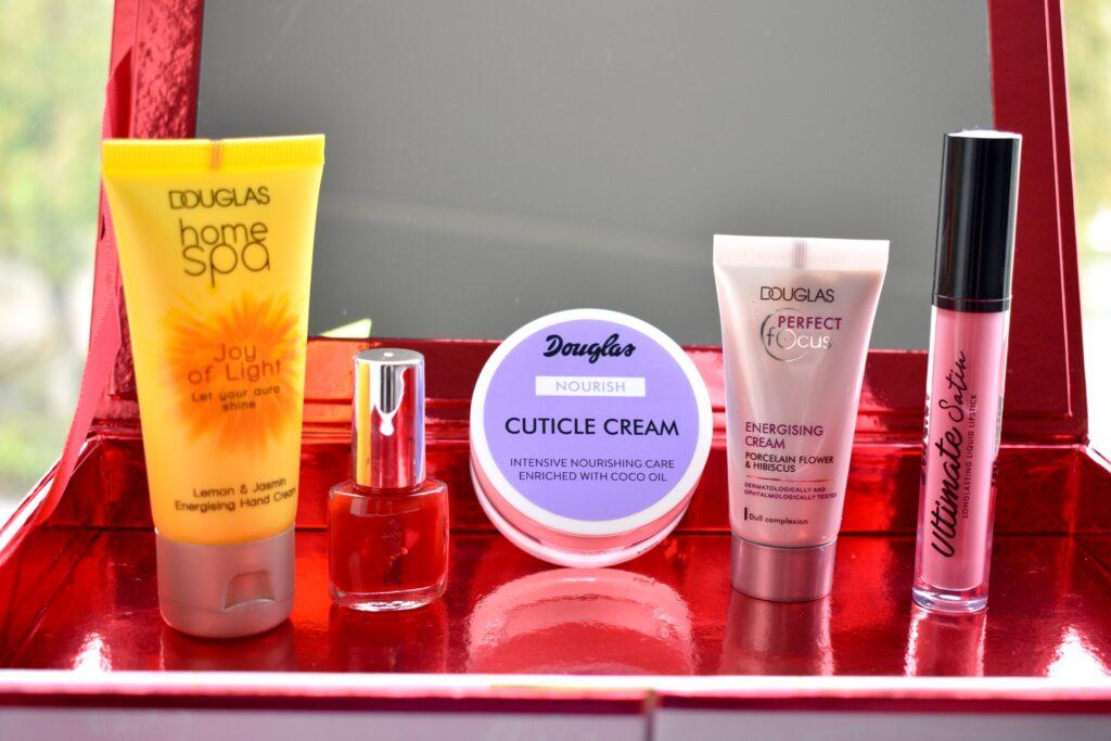Vijf producten uit de Luxury Adventskalender van Douglas van 2020