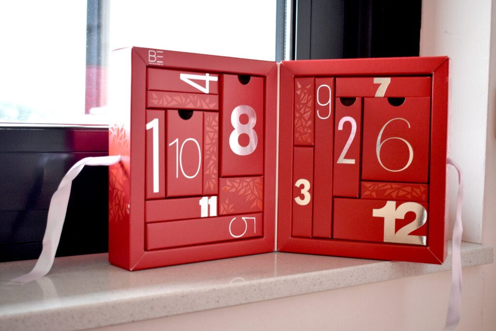 Binnenkant van de Be Creative adventskalender