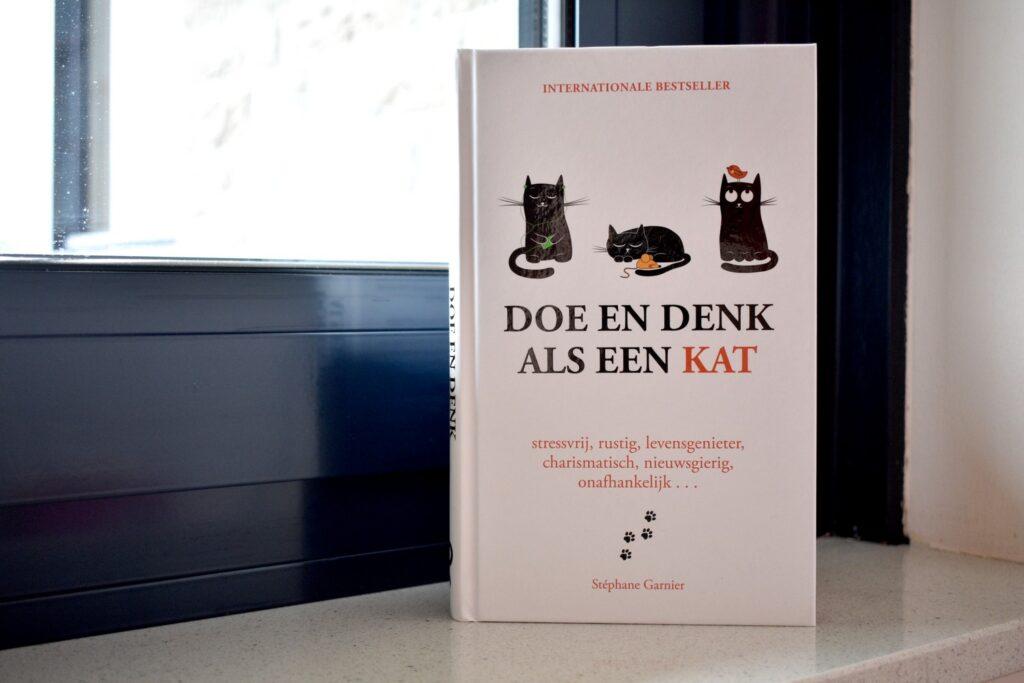 Boek Doe en Denk als een kat van Stéphane Garnier als cadeau